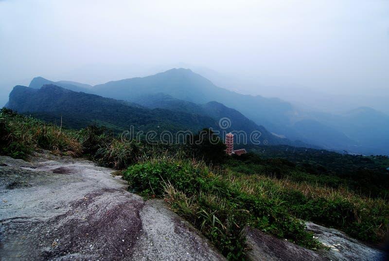 Yen Tu Mountain - Viet Nam sagrados imágenes de archivo libres de regalías
