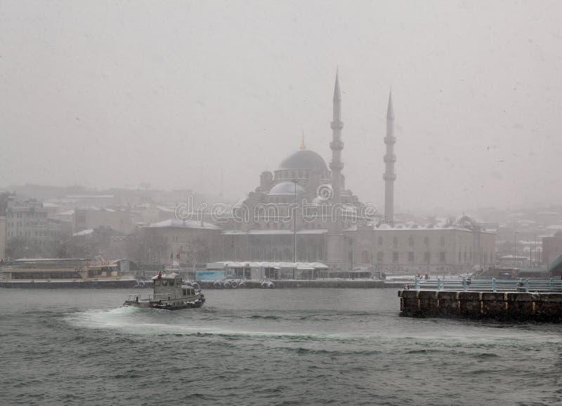 Yeni Mosque, ¼ de Eminönà imagens de stock