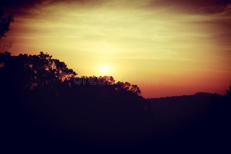 Yercaud de coucher du soleil photo stock