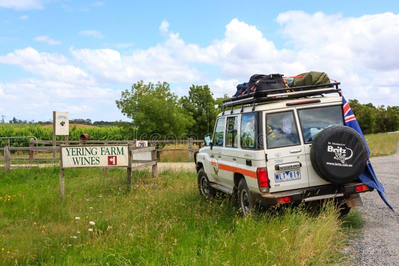 Yering, Australien - 8. Januar 2009: Autostellung nicht für den Straßenverkehr nahe Yering-Bauernhof-Weinzaun Victoria, Australie lizenzfreie stockfotos