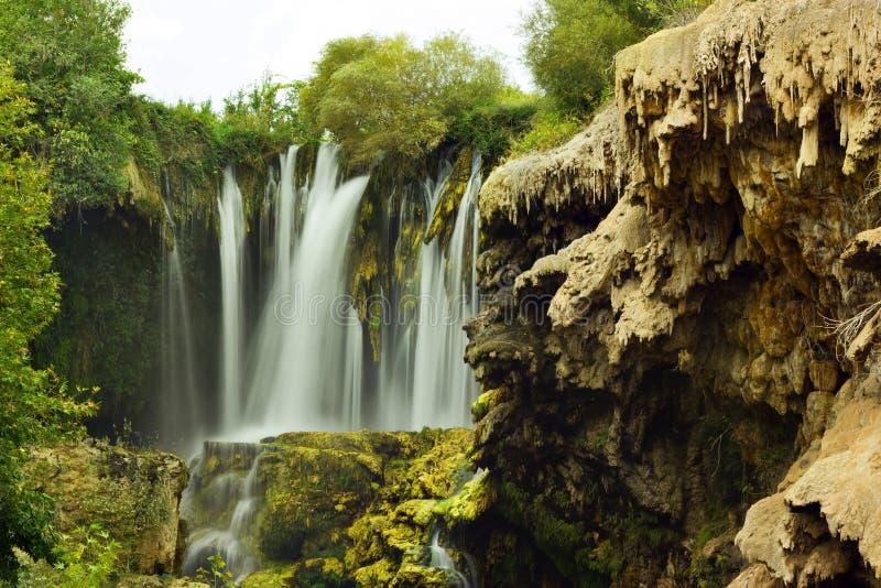 Download Yerkopru vattenfall fotografering för bildbyråer. Bild av skog - 27281147