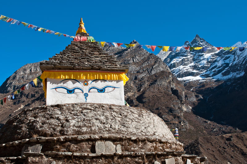 Yeux de Bouddha en Himalaya photo libre de droits