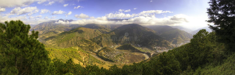 Yin natural Yang panorâmico fotos de stock royalty free