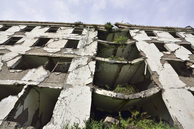 Yingxiu-Erdbebenruinen Die xuankou Sekundarschuleruinen stockfotos