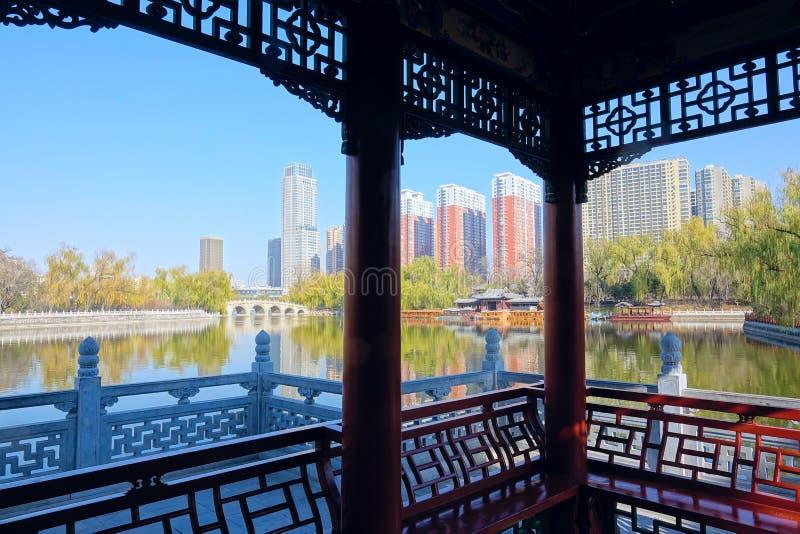 Yingze-Parklandschaft lizenzfreie stockbilder