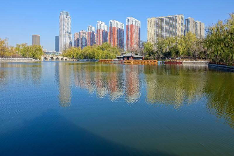 Yingze-Parklandschaft stockbilder