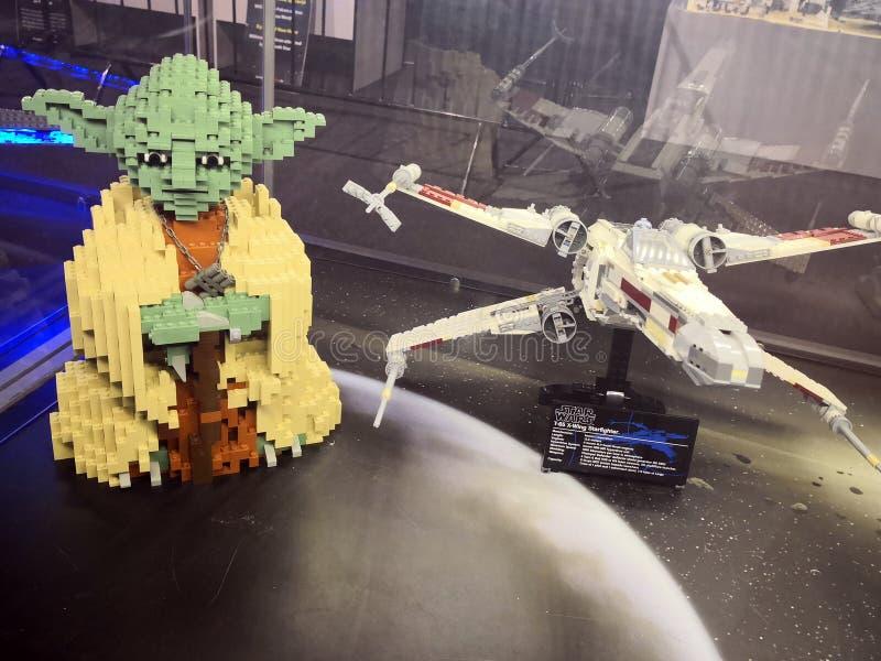 Yoda y Star Wars - Lego Exhibition Invasion de Giants imagen de archivo libre de regalías