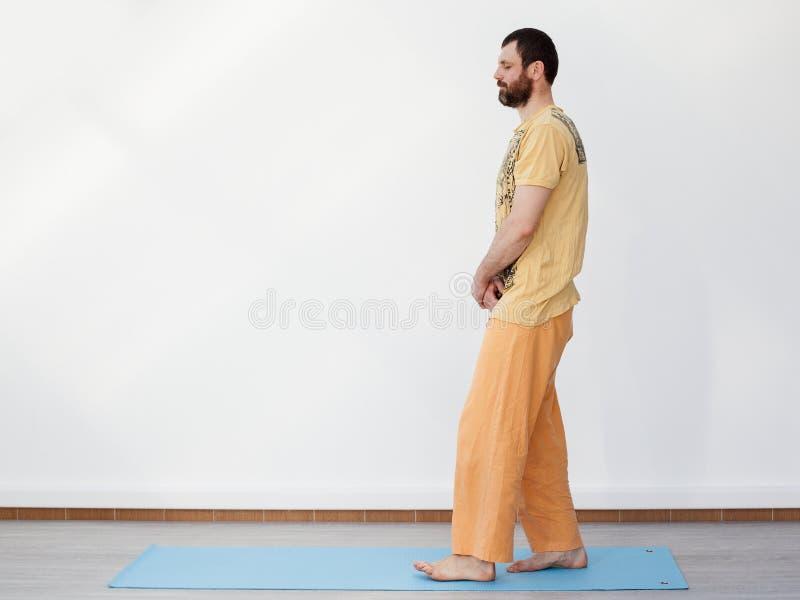 yoga Camminata meditativa fotografie stock libere da diritti