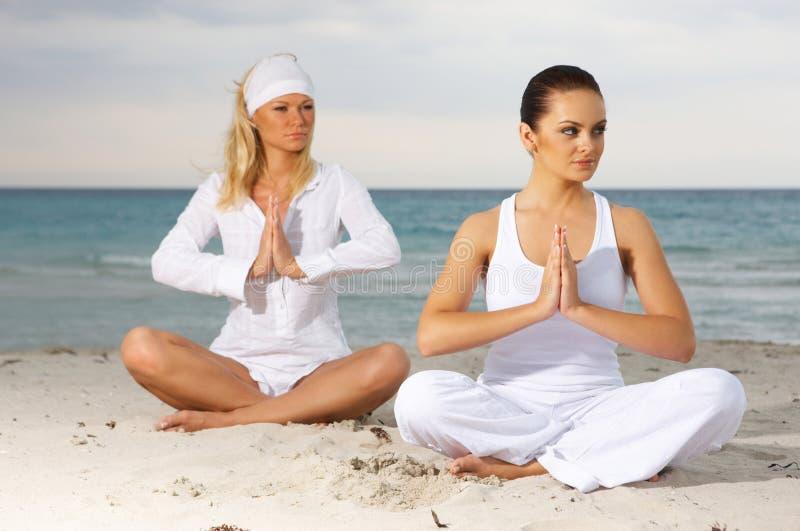Yoga chez les Caraïbe photos libres de droits