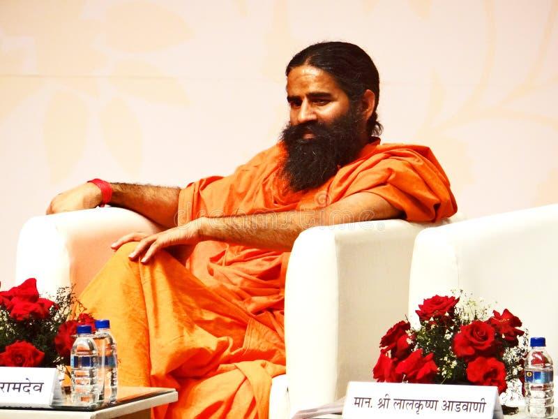 Yoga Guru Baba Ramdev imágenes de archivo libres de regalías