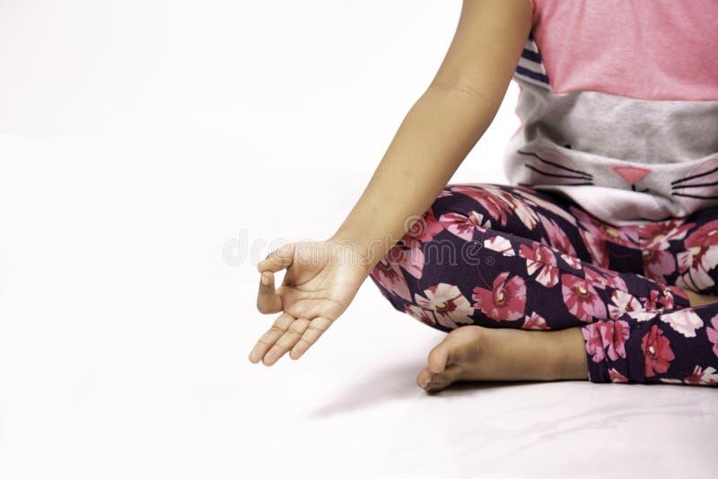 Yoga-Haltungs-Geste stockfoto