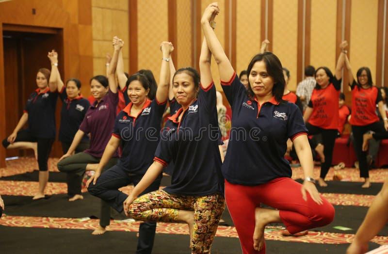 Yoga junto fotografía de archivo libre de regalías
