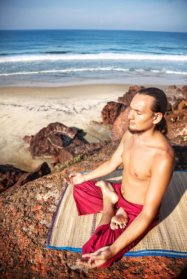 Download Yoga Meditation On The Cliff Stock Image - Image: 24834285