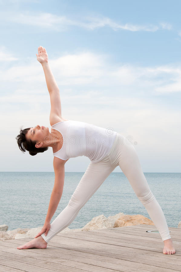 Yoga openlucht stock foto's