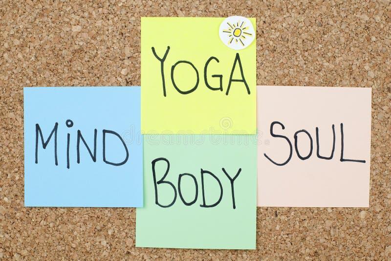 Yoga-Sinneskörper-Seele lizenzfreie stockbilder
