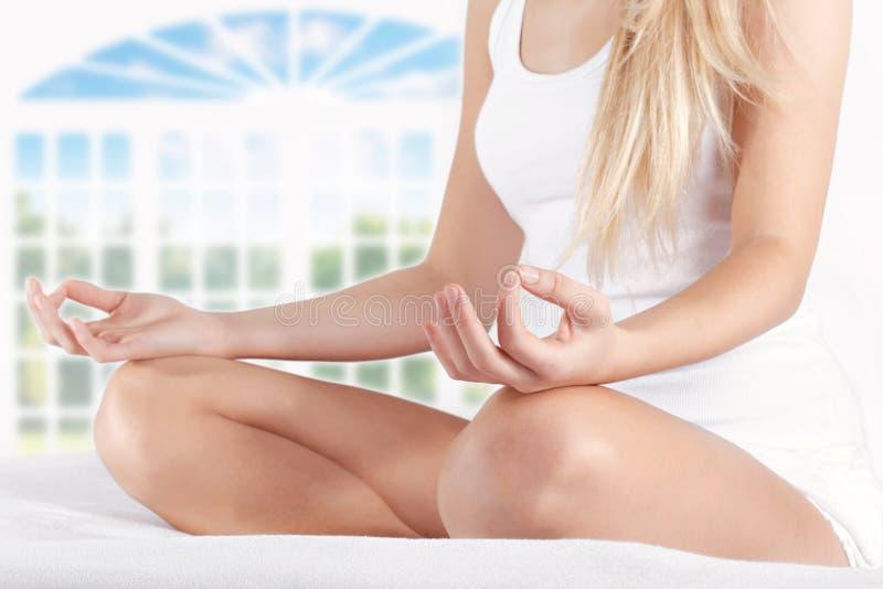 Yogahaltung stockfoto