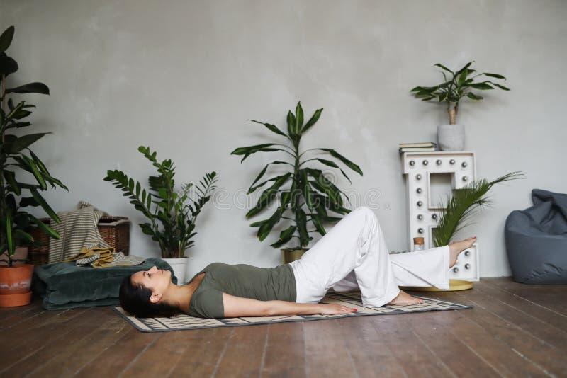 Yogatraining royalty-vrije stock foto's