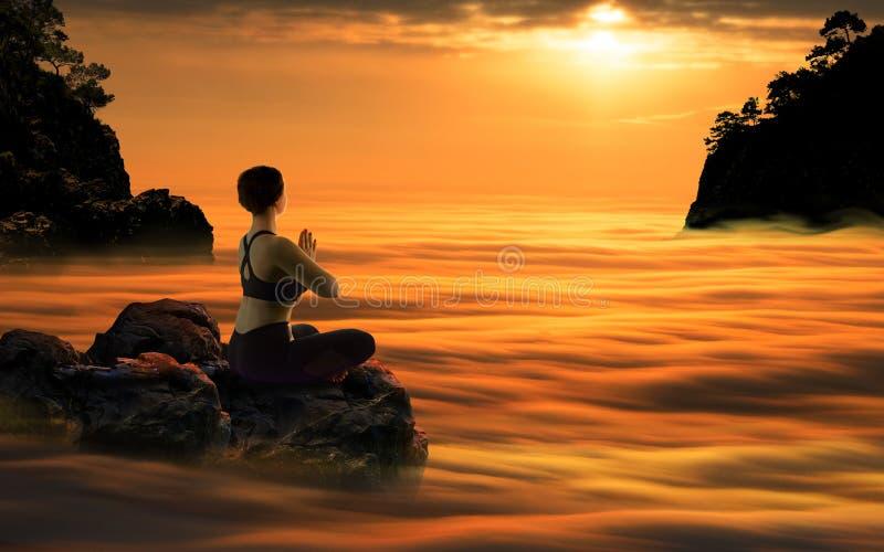 Yogavrouw die bij Zonsondergang mediteren stock foto