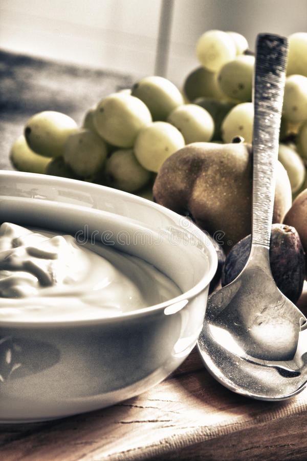 Yoghurt royaltyfria bilder