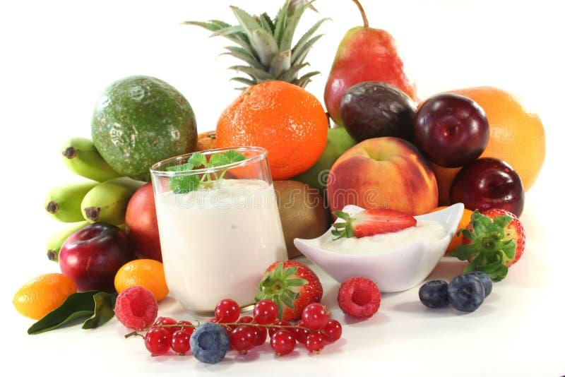 Yogurt de fruta fotos de stock