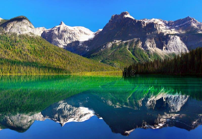 yoho национального парка озера Канады изумрудное стоковые фотографии rf