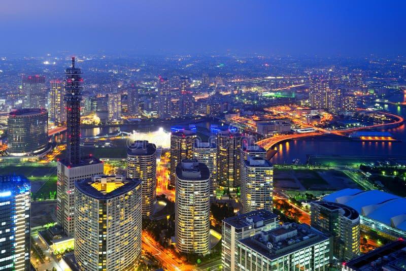 Yokohama bij nacht stock afbeeldingen