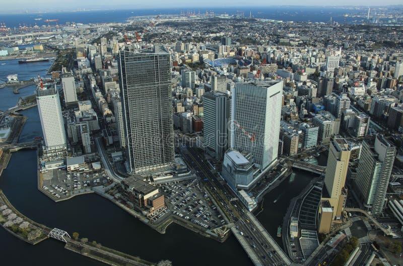 YOKOHAMA, JAPON - 5 AVRIL 2019 : Vue de panorama à la baie de Yokohama Minato Mirai à Yokohama, Japon image stock
