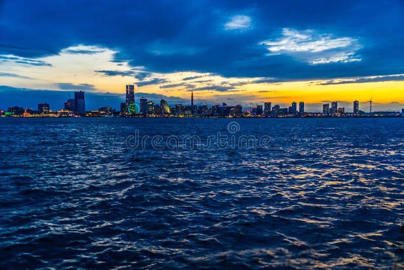 Yokohama Minato Mirai townscape som är synlig från Daikokufuto royaltyfri foto