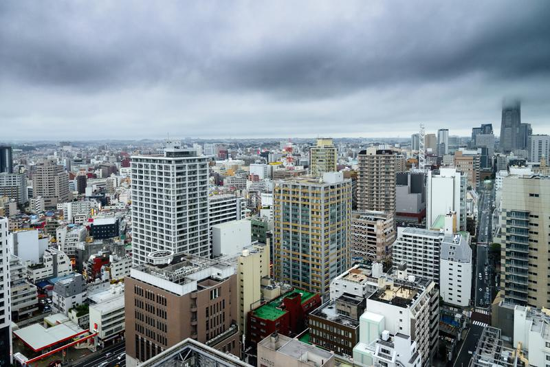 Yokohamacityscape en de baai zijcityscape van Minato Mirai en de hoge gebouwen van het stijgingsbureau en wolkenkrabbers, in Yoko royalty-vrije stock foto's