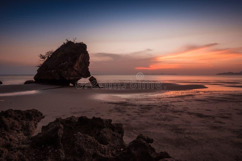  Yong Ling Beach do ¹ do à, Sikao, Trang, Tailândia imagens de stock