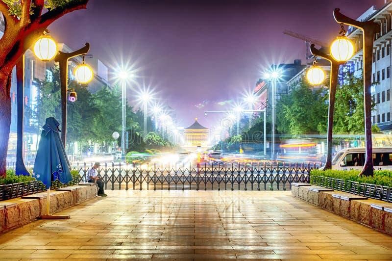 Yongning port och Klocka torn Xian Night View arkivbild
