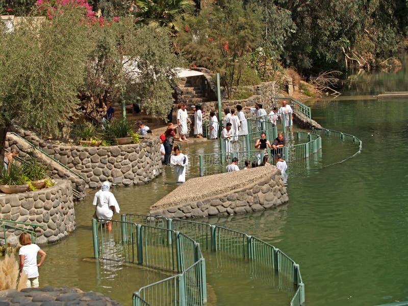 YORDANIT, ISRAËL L'endroit pour l'ablution dans les eaux saintes de Jordan River photographie stock libre de droits
