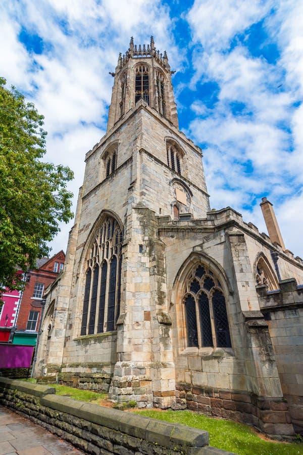 York, Inglaterra, Reino Unido: La iglesia de todos los santos se eleva imagenes de archivo