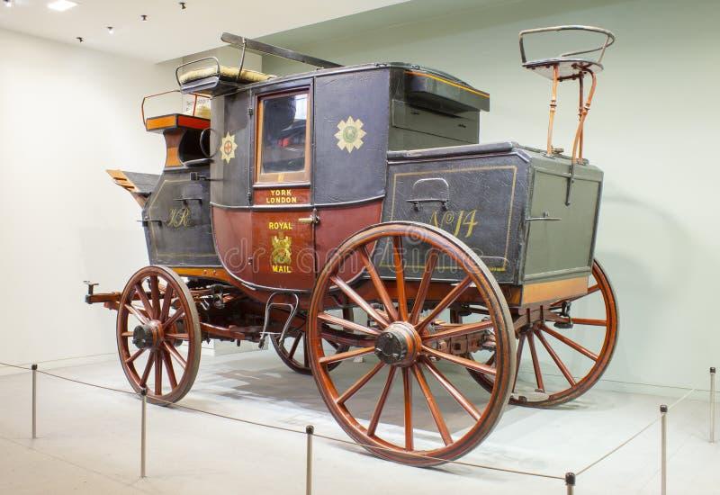 York Londres transporte real retro do correio do vintage no museu da ciência e da história Cidade de Londres imagem de stock royalty free