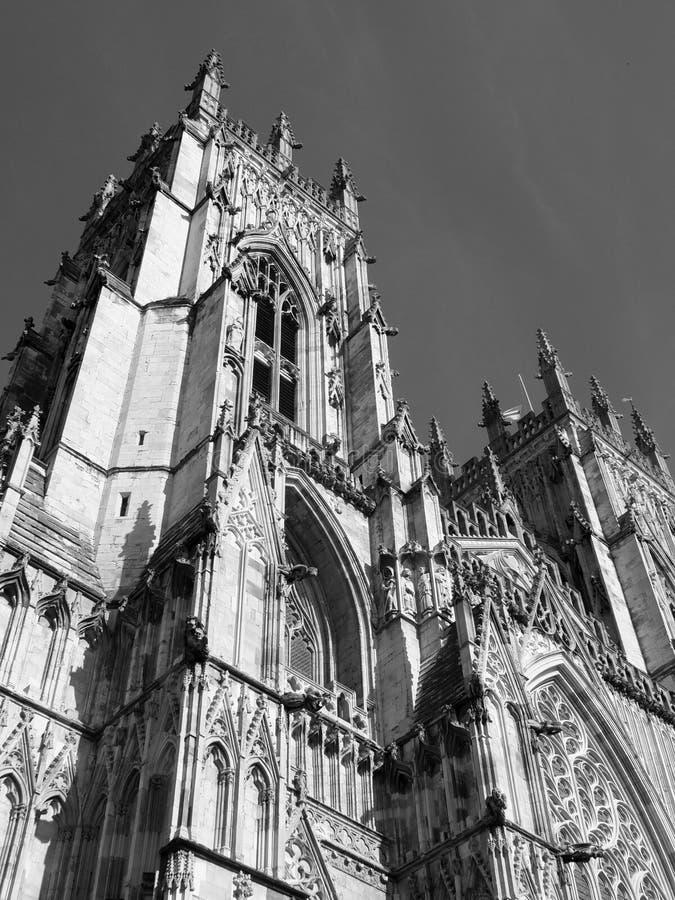 York-Münsterhauptturm, der aufwärts schaut stockfotos