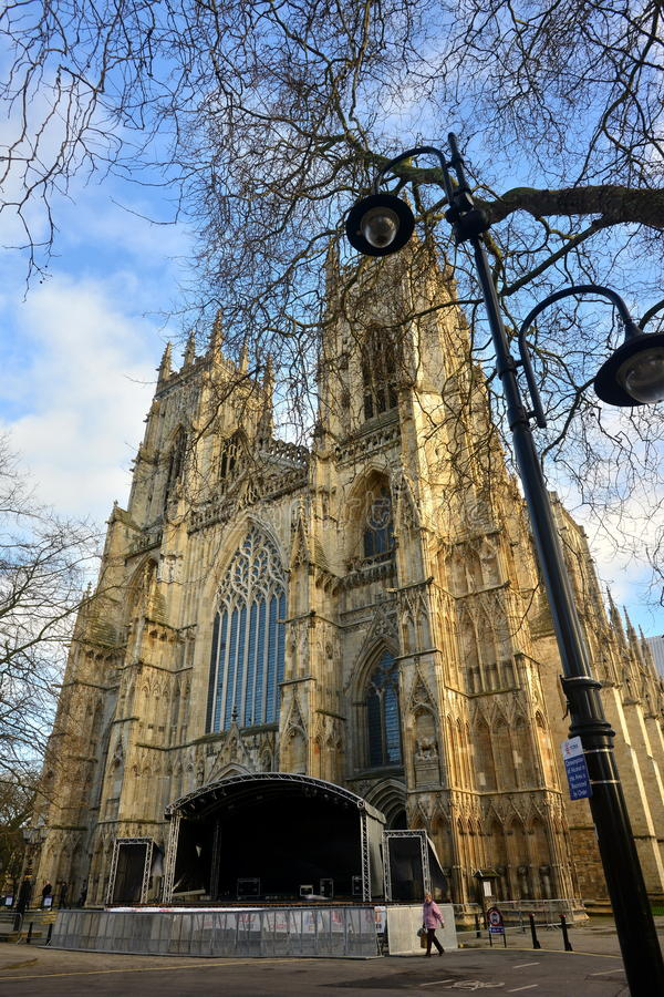 York Minster och streetlamp fotografering för bildbyråer