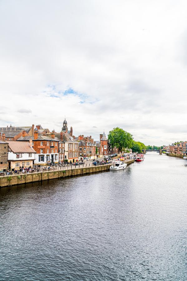 York, Yorkshire, Zjednoczone Królestwo - SEP 3, 2019: York City with River Ouse in York UK fotografia royalty free