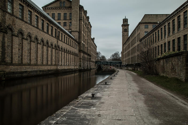 Yorkshire Canal. The beautiful Yorkshire Canal towpath, near Saltaire village stock photography