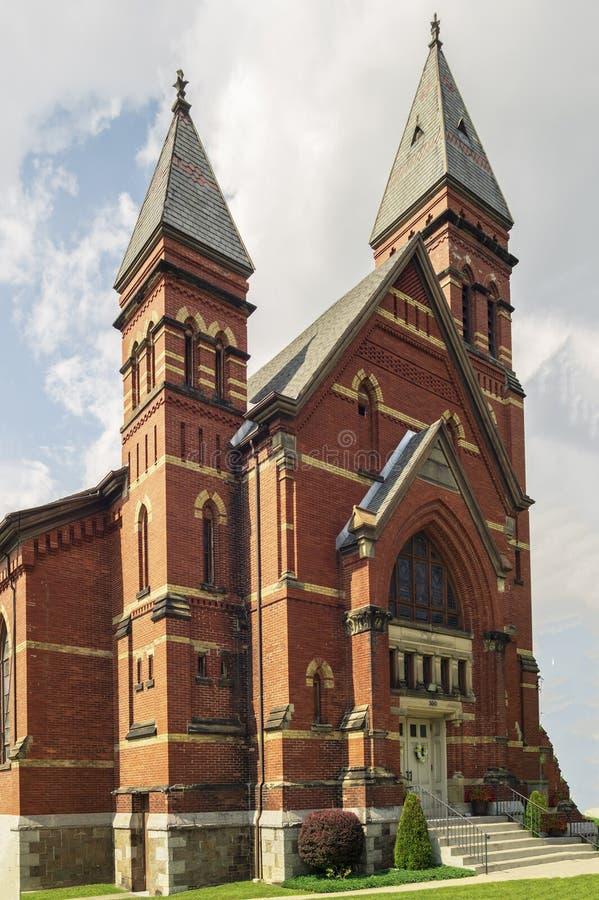 Yorkville, New York - AUG 13, 2019: Verticaal beeld van de Bijbelse kerk van Calvariëteit royalty-vrije stock foto's