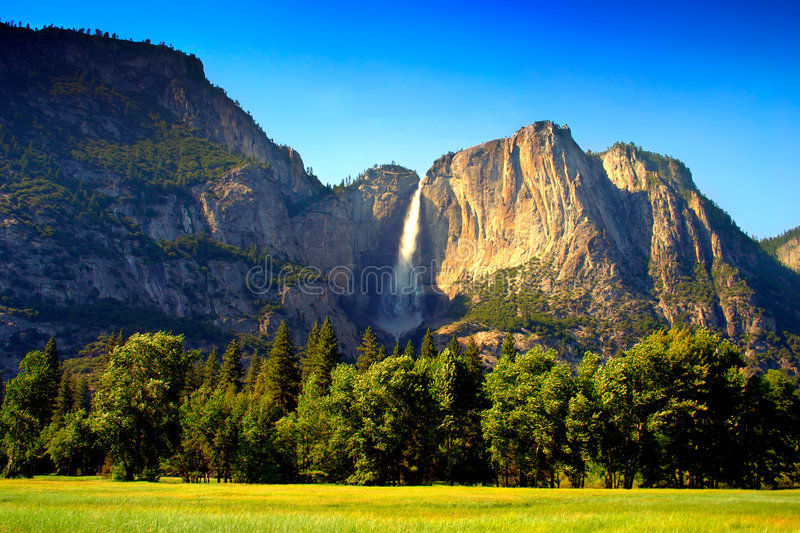 Yosemite Falls, Nationalpark stockbild