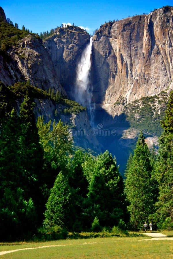 Yosemite Falls, sosta nazionale del Yosemite immagini stock libere da diritti