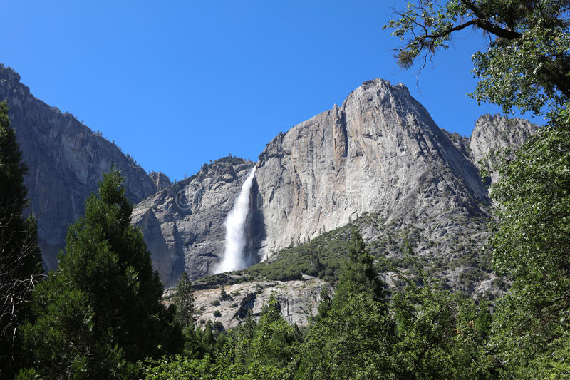 Yosemite Falls supérieur images libres de droits