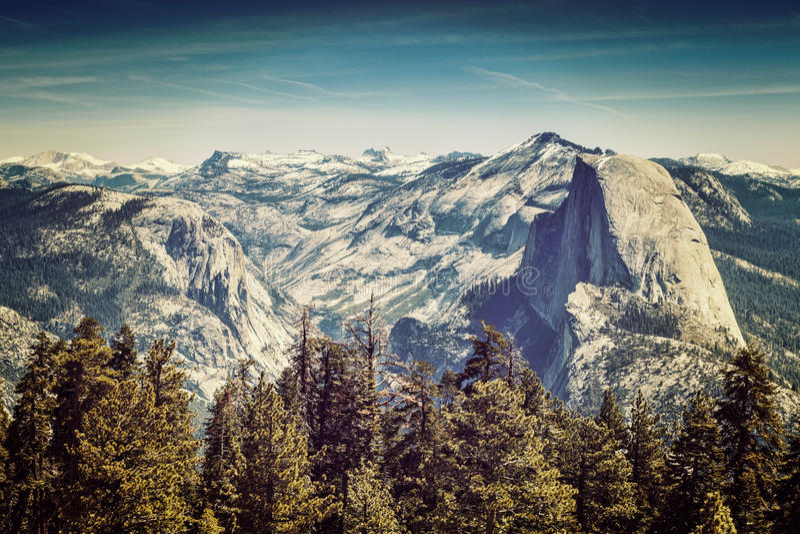 Yosemite halv kupol arkivbild