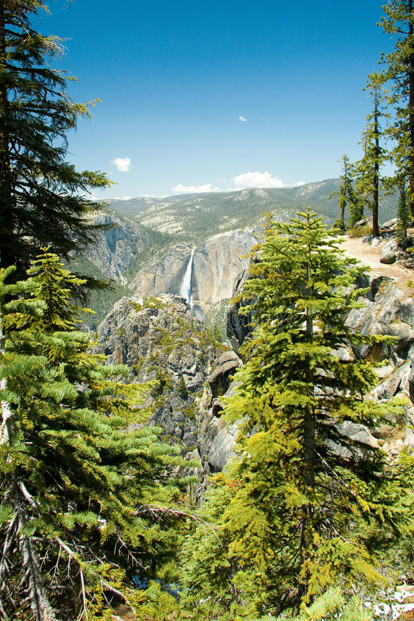 Download Yosemite National Park stock photo. Image of dome, picturesque - 18651694