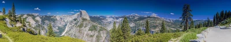 Yosemite Nationalpark Panoramablick vertreten vom Gletscher-Punkt stockfoto