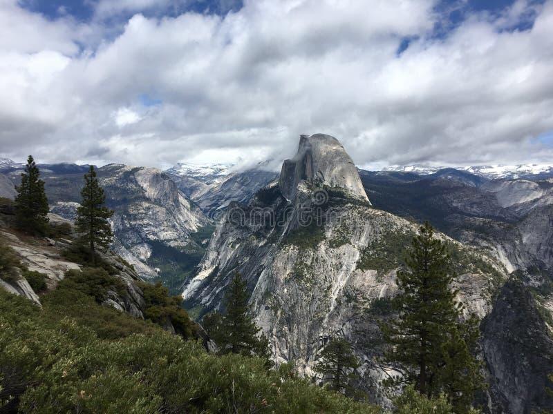 Yosemite parka narodowego kopuły Przyrodni widok obraz royalty free