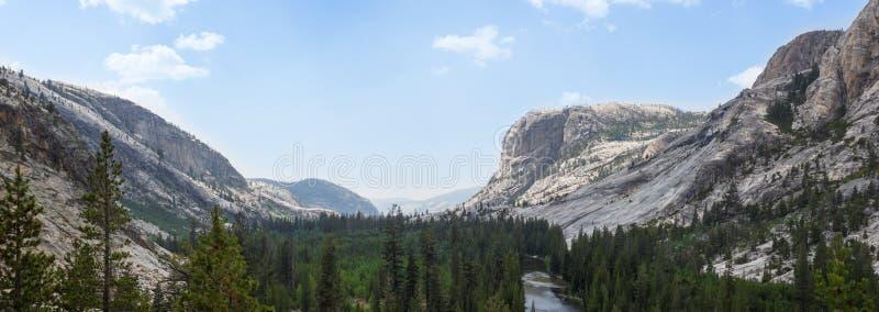 Yosemite - roztoki Aulin dolina obraz royalty free