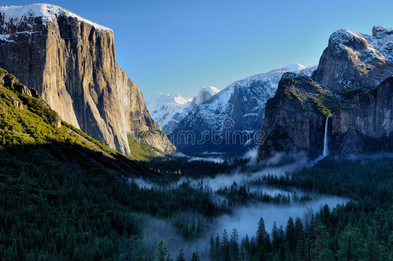 Yosemite Tunnel View. With morning mist Bridalveil fall, El Capitan, Half dome in winter royalty free stock images