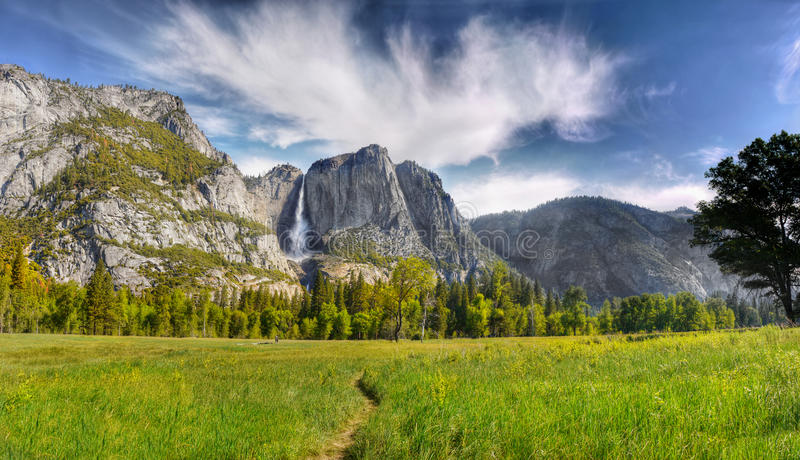 Download Yosemite Valley, National Park Stock Image - Image of countryside, capitan: 82998427