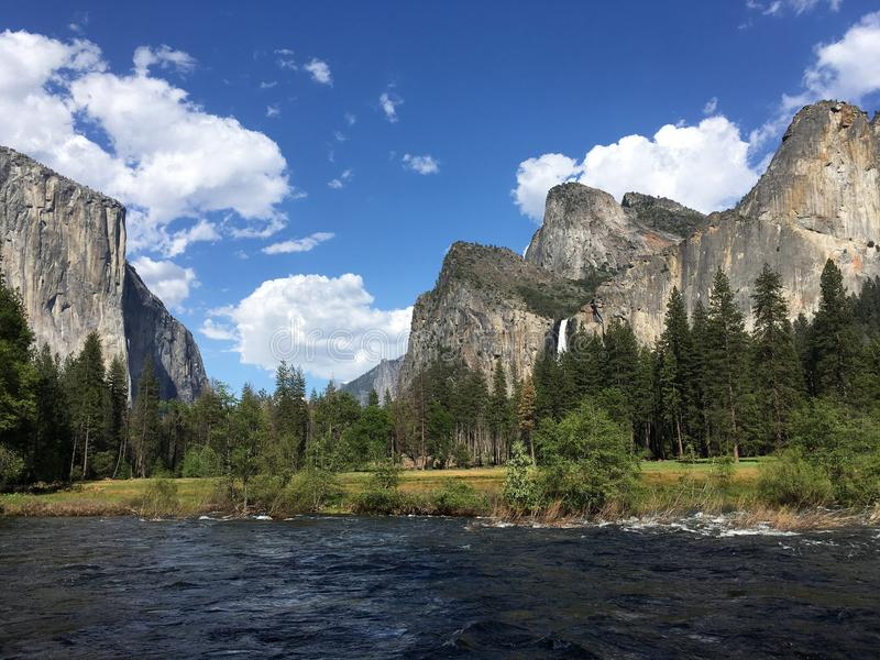 Yosemiterivier stock fotografie